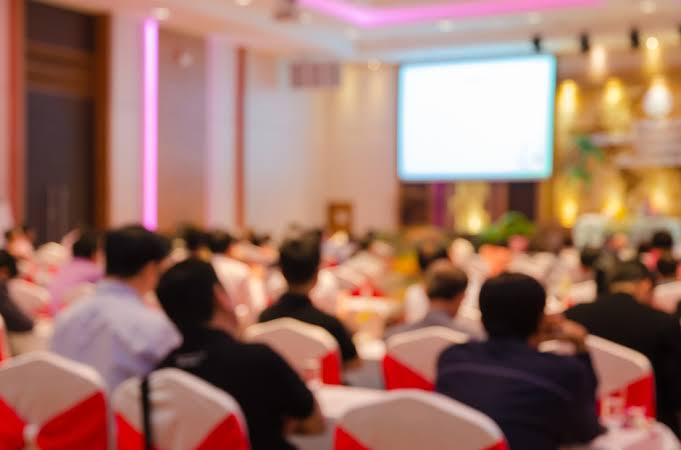 The basics of hiring a corporate event planner