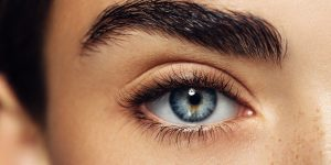What to expect when getting a lash extension for the first time
